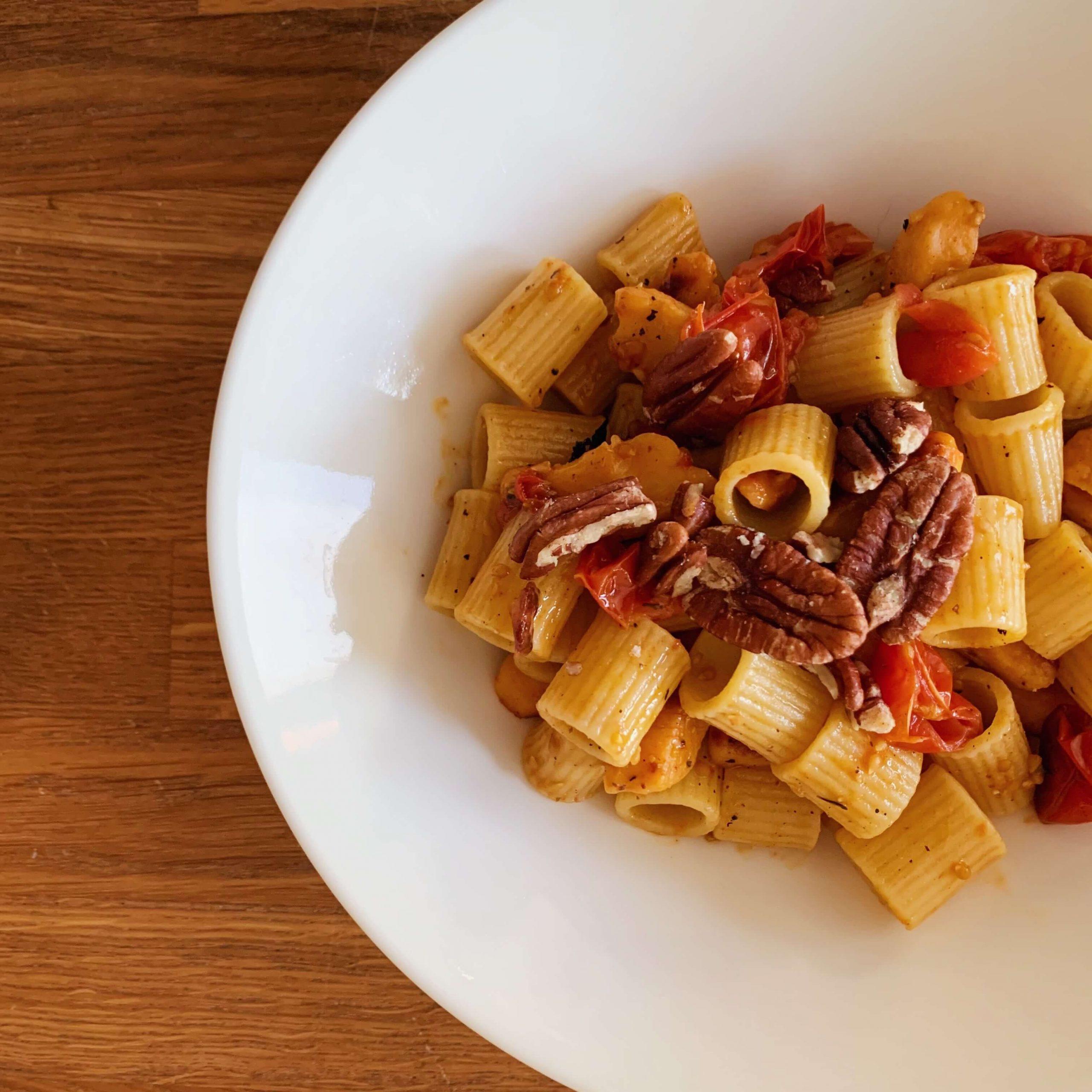 FODMAP nopea pasta paahdettu tomaatti
