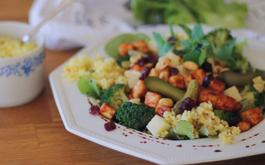 5 askelta onnistuneeseen ruokaisaan salaattiin