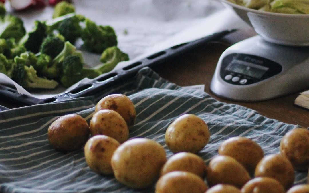 Kolmen ruokalajin sadonkorjuumenu low-FODMAP -aineksista